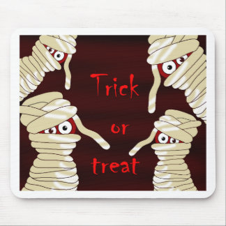 Halloween mummies mouse pad