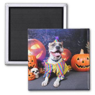 Halloween - Pitbull - Tyson Magnet