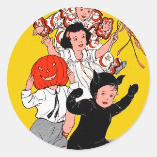 Halloween Retro Vintage Children's Costume Party Round Sticker