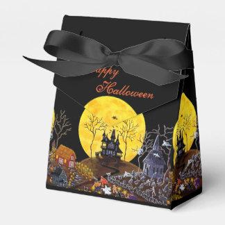 Halloween tent style favor box Keep Running
