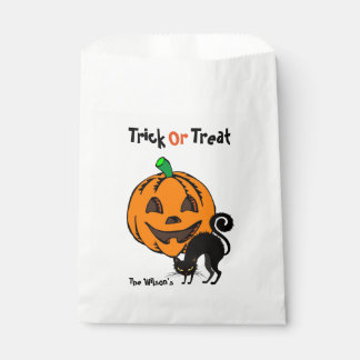 Halloween Trick or Treat Favor Bags with YOUR NAME Favour Bags