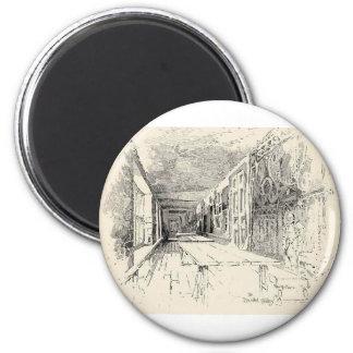 Hampton Court 6 Cm Round Magnet