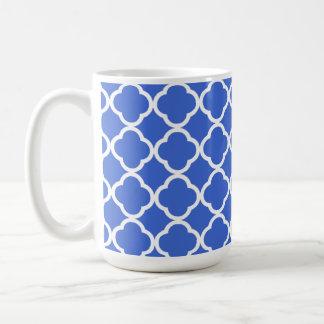 Han Blue Moroccan Quatrefoil Basic White Mug