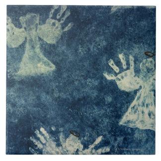 Hand Angels Tile
