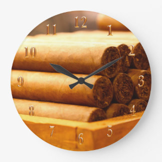 Hand Rolled Cigars La Romana DR. Gold Numbers Clock