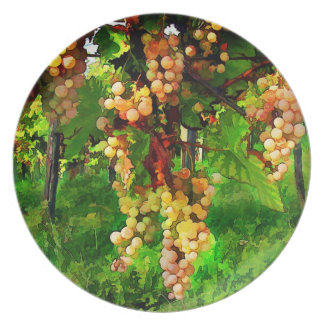 Hanging Grapes on the Vines Plate