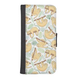 Hanging Sloths iPhone SE/5/5s Wallet Case