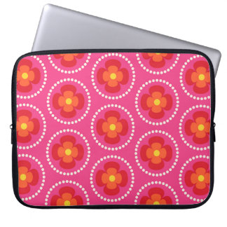 Happy bright retro floral pink laptop sleeve