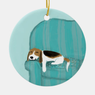 Happy Couch Beagle Round Ceramic Decoration