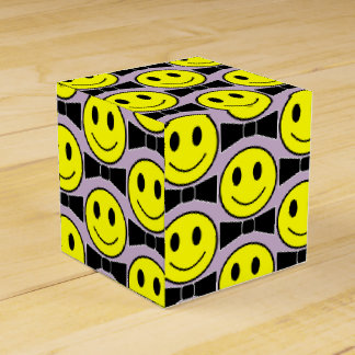 Happy Face Bow Tie Party Favor Box