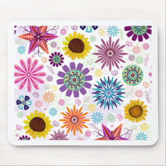 Happy floral pattern mouse pad