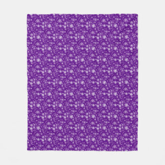 Happy Holiday Snowflakes Pattern for Everyone Fleece Blanket