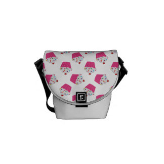Happy Pink Heart Cupcakes - Sweet Bakery Pattern Commuter Bags