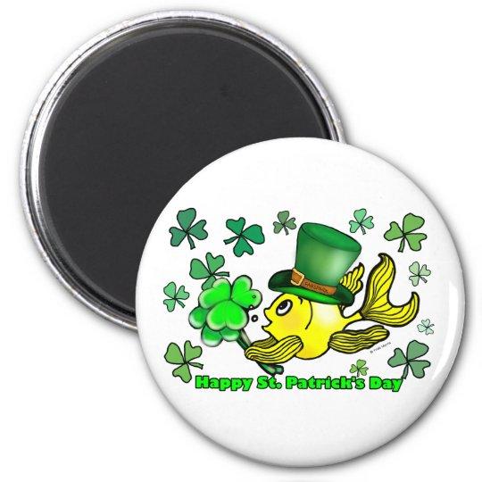 Happy St. Patrick's Day Goldfish Green Shamrocks 6 Cm Round Magnet
