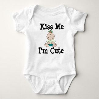 Happy St Patty Day Kiss me t-shirt