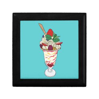 Happy Strawberry Sundae Gift Box