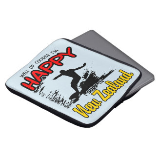 Happy Surfer NEW ZEALAND (Blk) Laptop Sleeve