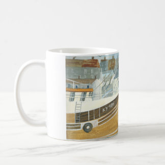 Harbour in Scotland mug