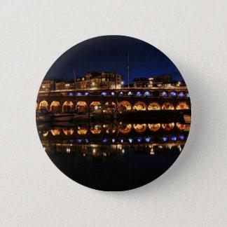 harbour.jpg 6 cm round badge