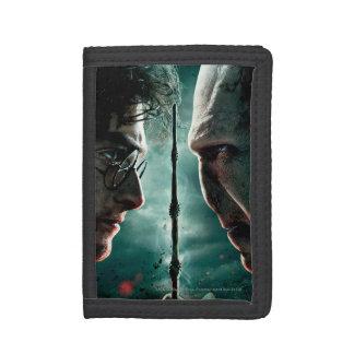 Harry Potter 7 Part 2 - Harry vs. Voldemort Tri-fold Wallet