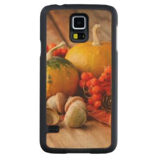 Harvested pumpkins with fall leaves 2 carved maple galaxy s5 case