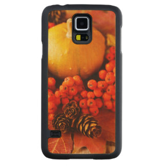 Harvested pumpkins with fall leaves carved maple galaxy s5 case