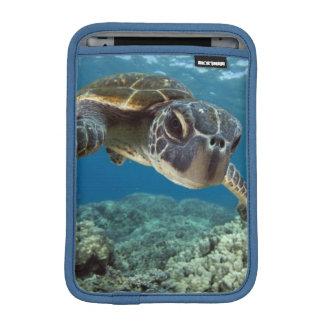 Hawaiian Green Sea Turtle iPad Mini Sleeve