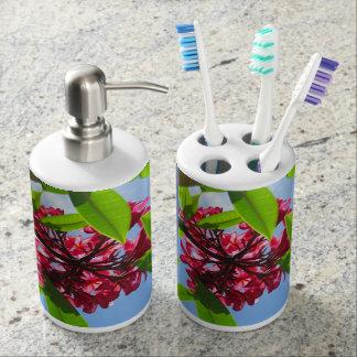 Hawaiian Plumeria Bathroom Set