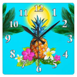 Hawaiian Themed Decor, Stunning Pineapple Clock