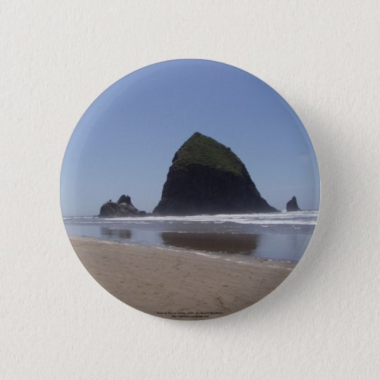 Haystack Rock 6 Cm Round Badge