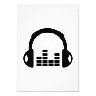 Headphones equalizer announcements