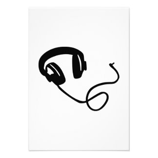 Headphones music announcement