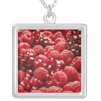 Healthy and nutritious red berries silver plated necklace