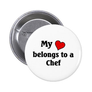 Heart belongs to a chef 6 cm round badge