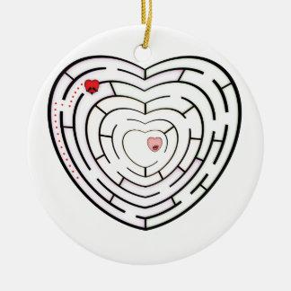 HEART LABYRINTH ROUND CERAMIC DECORATION