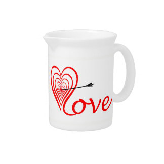 Heart love Dartscheibe with arrow Pitcher