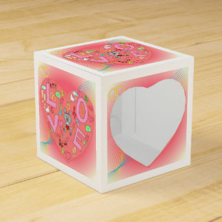 Heart on abstract background party favour boxes