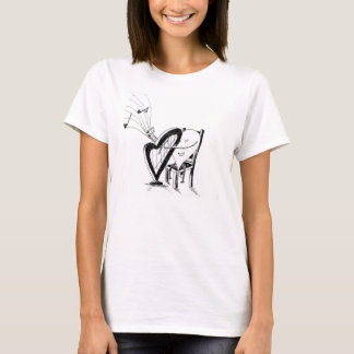 heArt playing harp T-Shirt