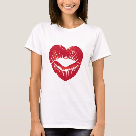 Heart shaped lips, lipstick traces, kiss T-Shirt