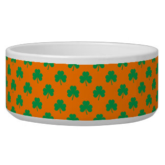 Heart-Shaped Shamrock Green on Orange St.Patrick's