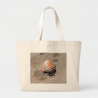 heart shells on the beach large tote bag