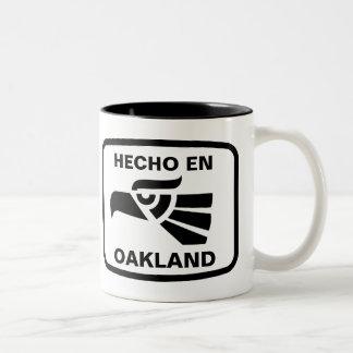 Hecho en Oakland personalizado custom personalized Two-Tone Coffee Mug