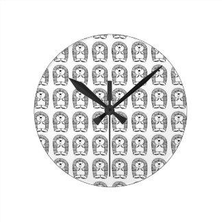 Hedge the hedgehog round clock