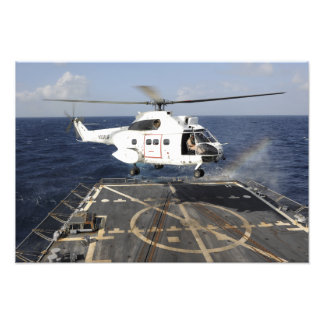Helicopter lands aboard the Arleigh Burke-class Photo Print