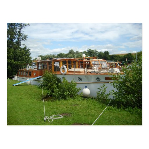 Henley on Thames, Traditional motor cruiser Postcards