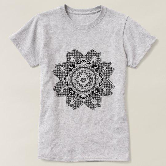 Henna design arabic style T-Shirt
