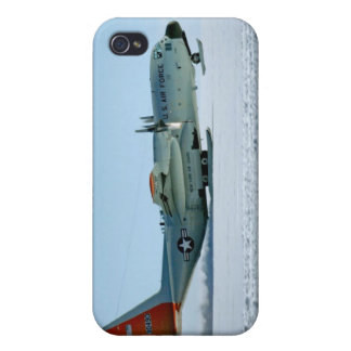 Hercules Aircraft Equipped with Snow Skis Cover For iPhone 4