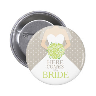 Here comes the bride green roses rehearsal wedding 6 cm round badge
