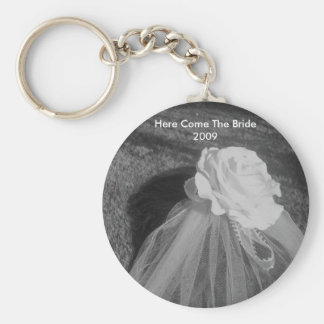 Here Comes The Bride - Personalized Wedding Favors Basic Round Button Key Ring