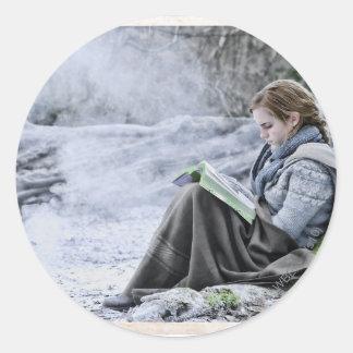 Hermione 13 classic round sticker